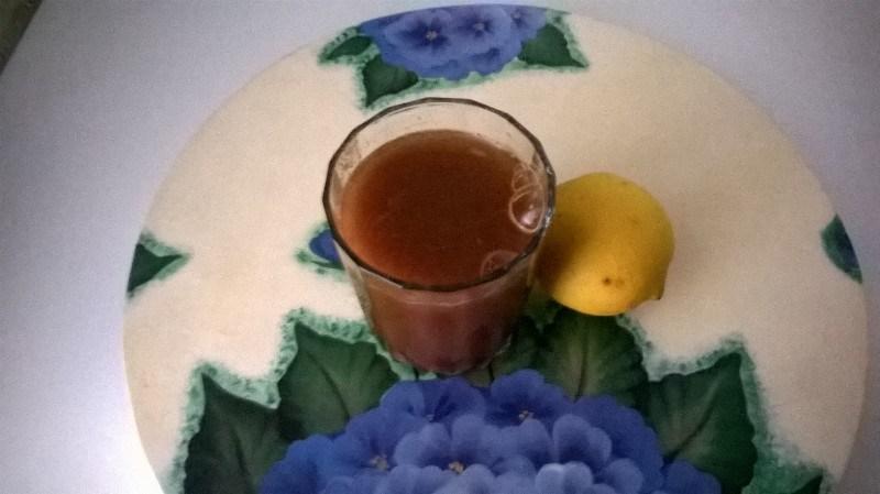Canela, vinagre de manzana, limon