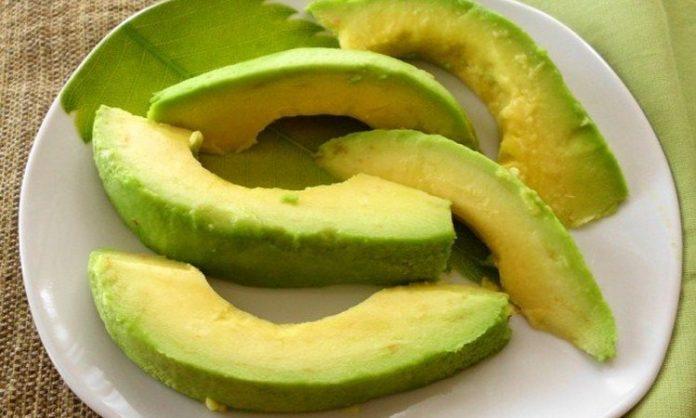, 13 Rrazones Para Comer Aunque sea un Aguacate Cada Dia, Despues de Leer Esto es Imposible Parar de Comerlo., Alimenta y Cura