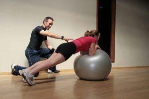 , Personal trainer – Que es, habilidades, que hace, Alimenta y Cura