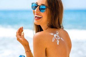 , Cuidados a tener en cuenta los días de playa: ¡cuida tu piel!, Alimenta y Cura