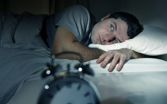 , Remedio natural para vencer el Insomnio y dormir toda la noche., Alimenta y Cura