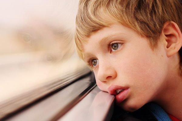, Espectro de autismo y 7 comportamientos en niños que pueden tenerlo, Alimenta y Cura, Alimenta y Cura