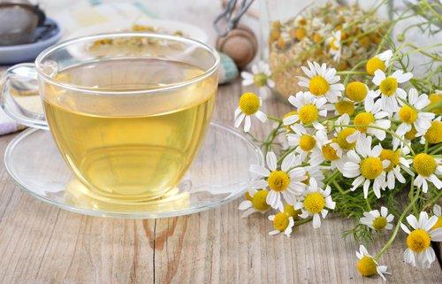 , Gárgaras de agua con sal y otros remedios para aliviar el dolor de garganta, Alimenta y Cura, Alimenta y Cura