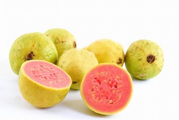 , ¿Conoces los poderes de la guayaba? ¡No te pierdas estos beneficios de una fruta maravillosa!, Alimenta y Cura
