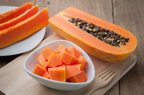 , Batido de papaya, manzana y avena para nivelar el sistema digestivo, Alimenta y Cura
