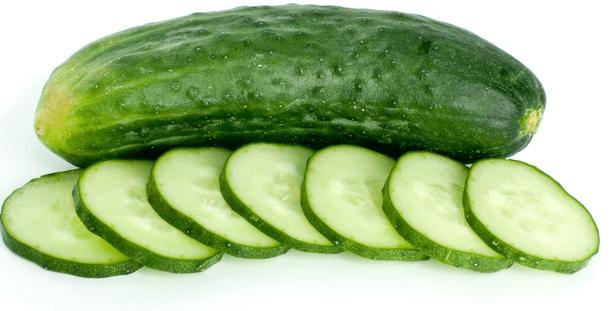 , Coma pepinos y cúrese a si mismo – 13 magníficos beneficios para la salud de los pepinos, Alimenta y Cura, Alimenta y Cura