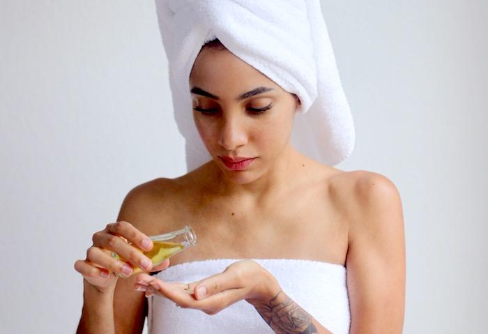 Mejores aceites naturales y mantequillas para utilizar como hidratantes faciales para su tipo de piel