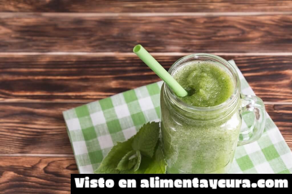 , Batido verde con leche de almendras para calmar el hambre, Alimenta y Cura, Alimenta y Cura