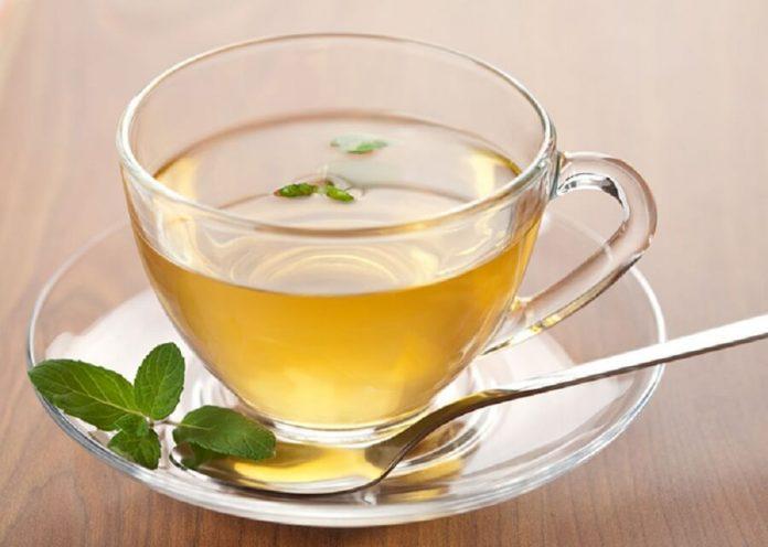 , Cómo preparar 3 bebidas con té verde para bajar de peso con facilidad, Alimenta y Cura