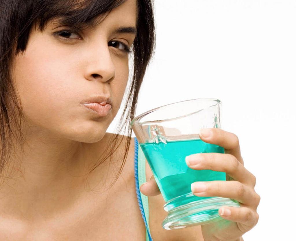 , El uso abusivo de elixires bucales puede aumentar el riesgo de diabetes, Alimenta y Cura, Alimenta y Cura