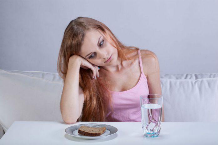 , ¡No lo haga! Consecuencias de saltarse las comidas, Alimenta y Cura