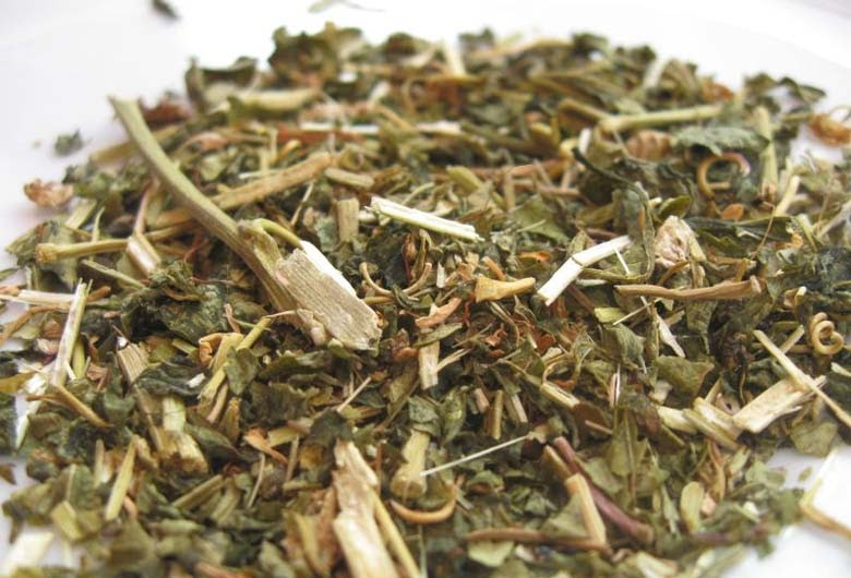 , 8 Impresionantes Beneficios de Té de Pasiflora, Alimenta y Cura