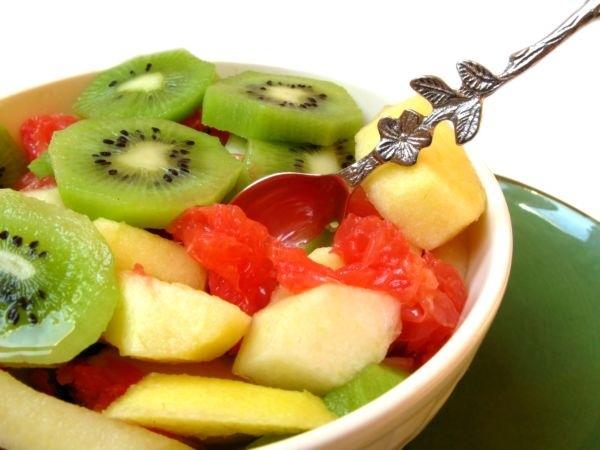 , Algunas buenas razones para comer fruta al comenzar el día, Alimenta y Cura