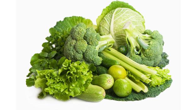 , Añadir una ración diaria de vegetales de hoja verde a la dieta previene la demencia, Alimenta y Cura