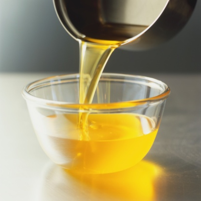 , Remedios naturales para un aspecto más joven en las manos, Alimenta y Cura