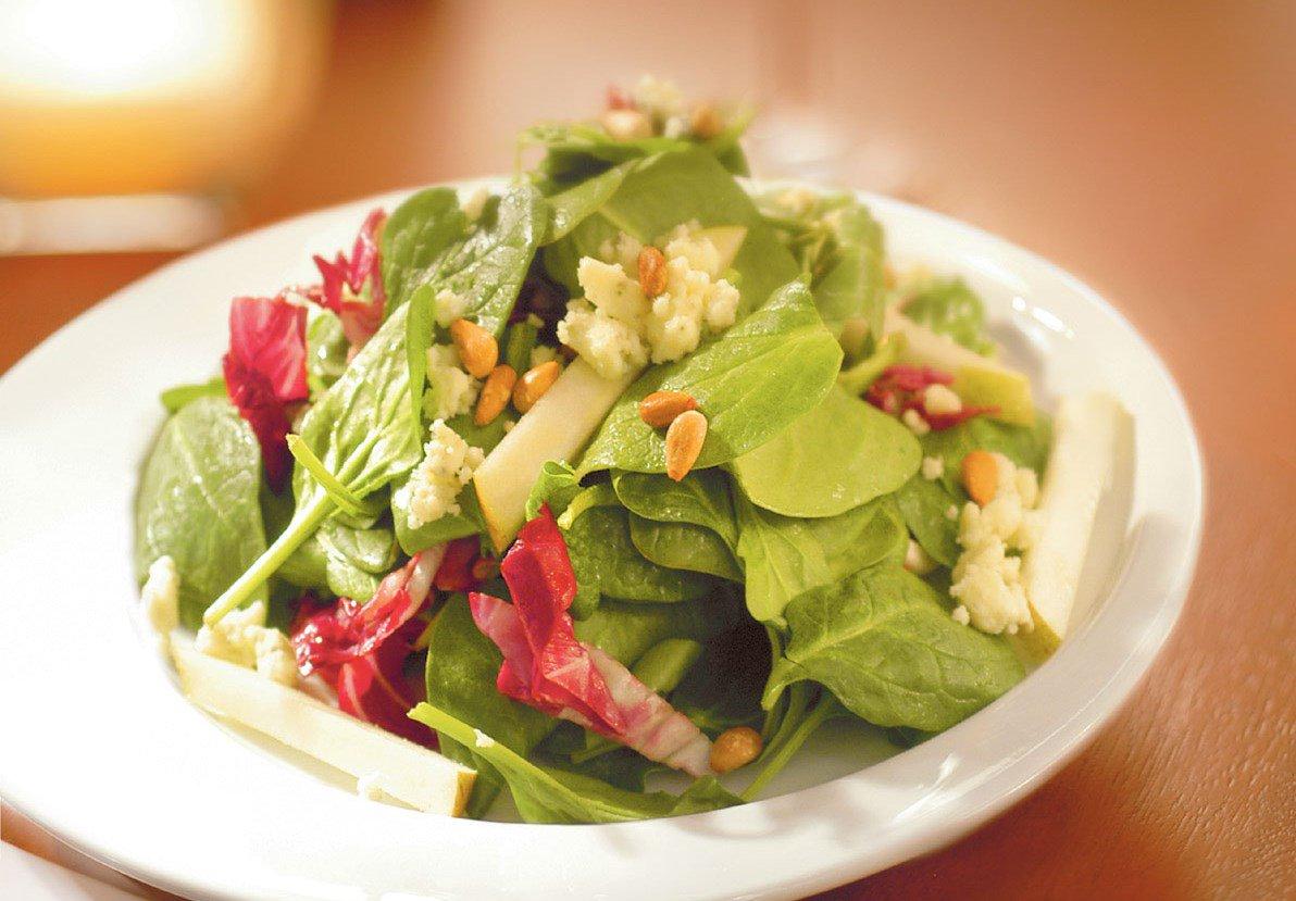 , Rápido y fácil: 3 Ensaladas de 3 ingredientes que acelerarán tu metabolismo, Alimenta y Cura