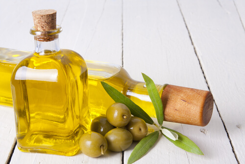 , 7 remedios naturales para eliminar las grietas de los labios, Alimenta y Cura