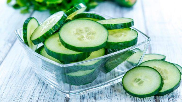 , Así cambia tu cuerpo si empiezas a comer pepino todos los día durante 1 mes., Alimenta y Cura