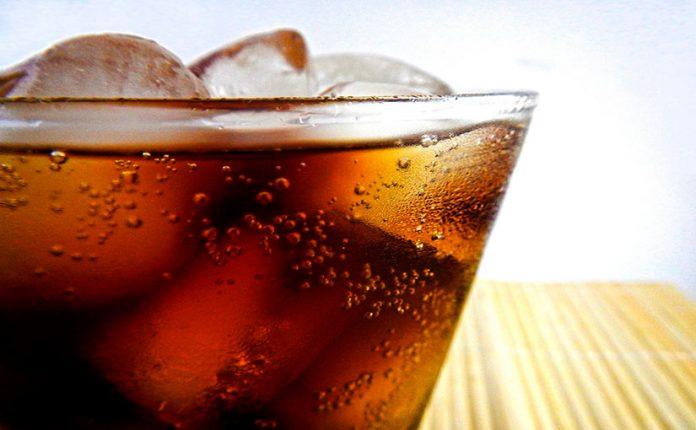 , Bebidas carbonatadas: por qué no es recomendable su consumo, Alimenta y Cura, Alimenta y Cura