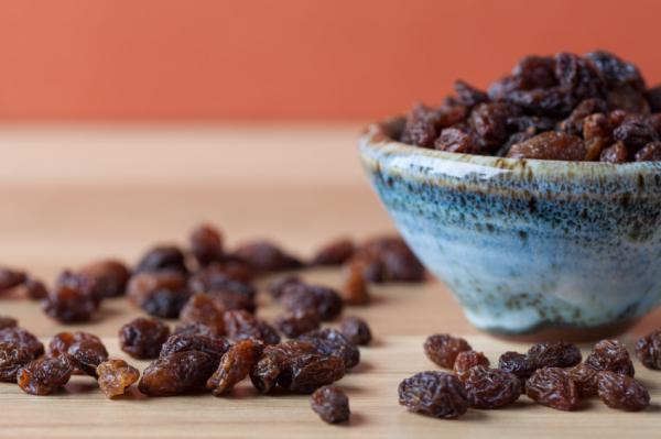 , Cómo purificar el hígado con pasas de uva, Alimenta y Cura, Alimenta y Cura