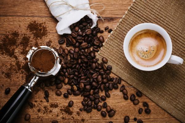 , Por qué mi orina huele a café – te lo contamos, Alimenta y Cura