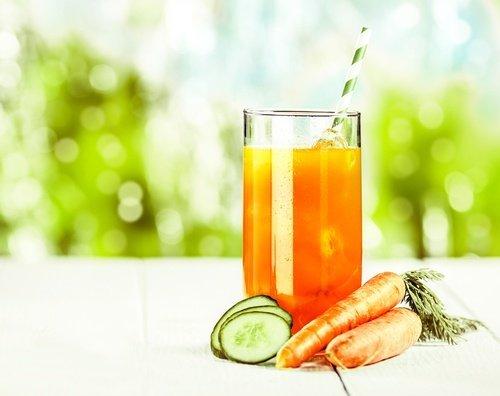 , Como preparar este jugo de zanahoria y pepino para limpiar los riñones y tu organismo, Alimenta y Cura