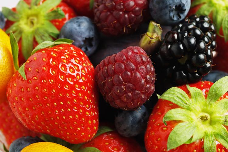 , Propiedades de las moras, Alimenta y Cura