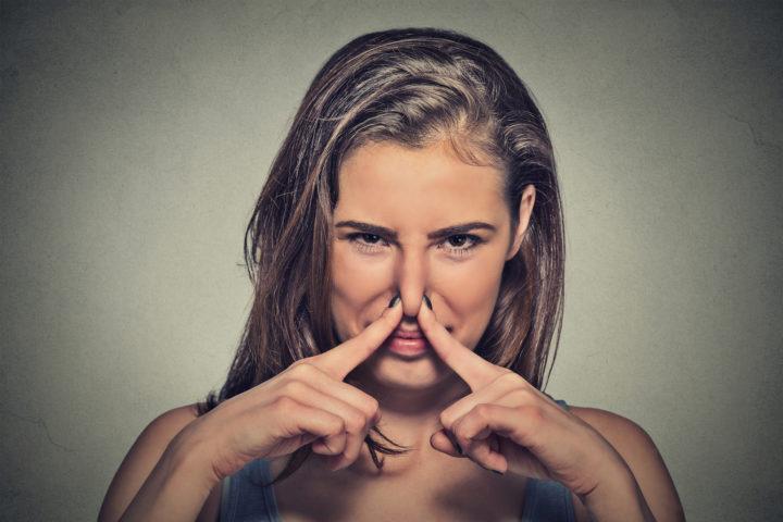 , 5 alimentos que pueden provocarte un mal olor corporal, Alimenta y Cura