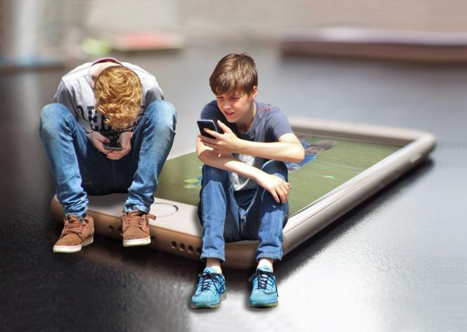 , Gran cantidad horas ante una pantalla envejece el cerebro de los niños , Alimenta y Cura, Alimenta y Cura