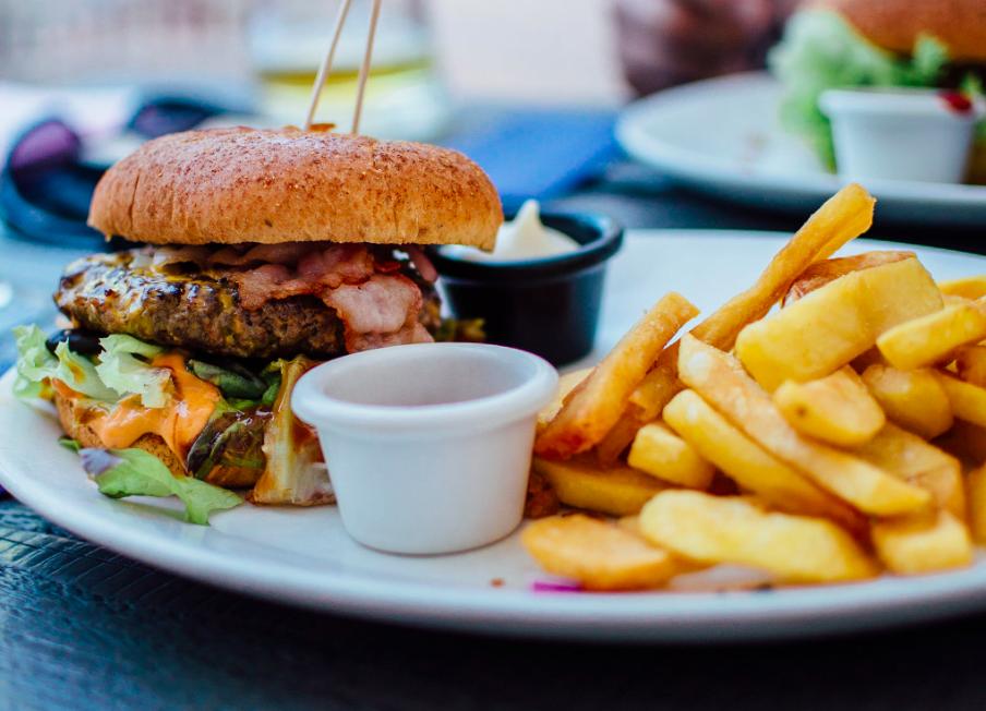 , ¡Olvídate de la hinchazón abdominal! Sabe los 5 alimentos que lo causan, Alimenta y Cura, Alimenta y Cura