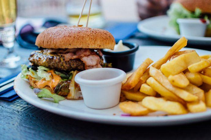 , 10 Típicos errores que cometemos en los hábitos diarios que nos están haciendo engordar la barriga, Alimenta y Cura, Alimenta y Cura