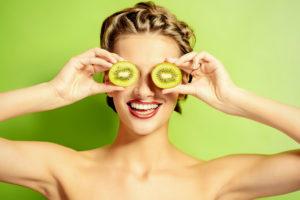 , Alimentos que hidratan su cuerpo casi tanto como el agua, Alimenta y Cura