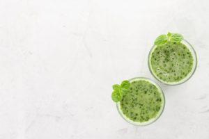 , Anímate a preparar este batido proteico con vegetales verdes, Alimenta y Cura