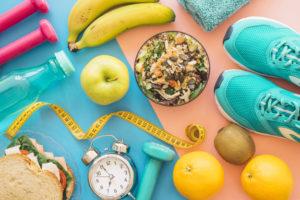, Baja de peso en 1 semana siguiendo estos sencillos trucos saludables, Alimenta y Cura